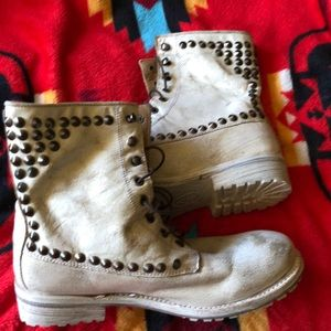 Ash Studded Washed & Distressed Combat Boots -40